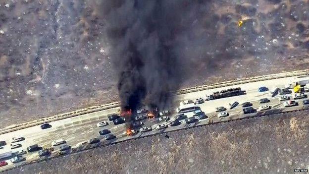 [عکس: 18_15150718103121-california-highway-fir...credit.jpg]